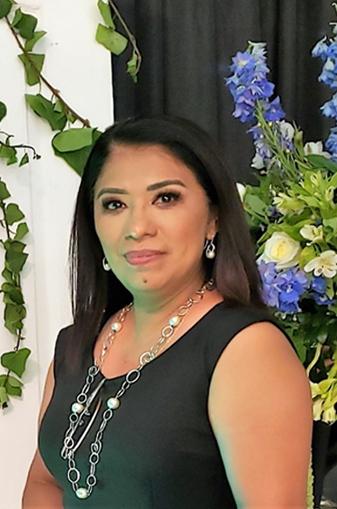 Maestra Lorena Cázares Flores