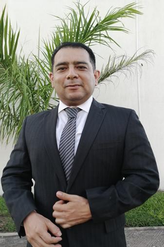 Mtro. Rodrigo Abraham Robles Brena