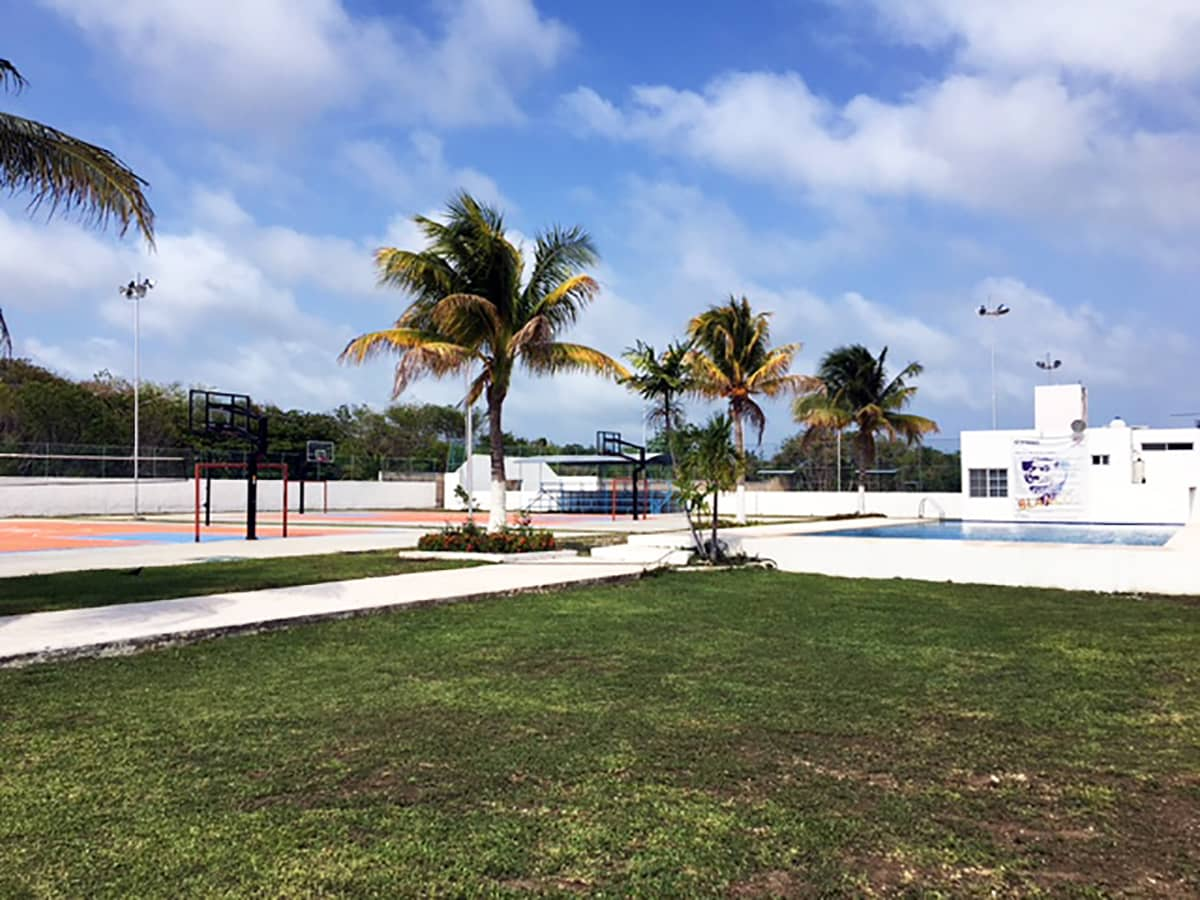 Instalaciones Universidad de Oriente Cancún